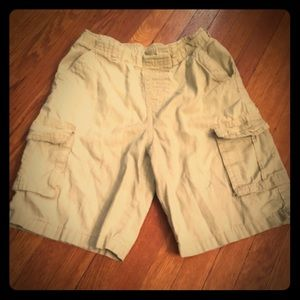 Garanimals size six boys cargo shorts